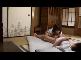 【人妻動画】大島あいる 風邪で寝込むムスコを心配して変態手コキフェラチオ&パイズリ☆ご奉仕する美巨乳ヒトヅマ…